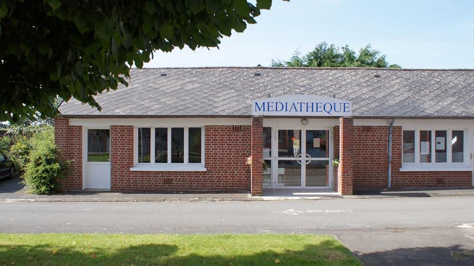 Centenaire 14 18 mairie de gouzeaucourt for La porte municipal court